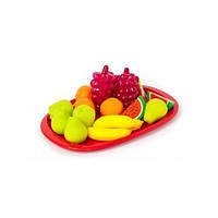 Поднос с фруктовым десертом