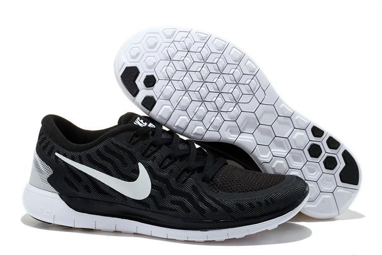 b56db3a7 Кроссовки Nike Free Run 5.0 черно-белого цвета - Интернет магазин обуви «im-