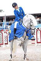 Для женщин: одежда, обувь, экипировка для конного спорта