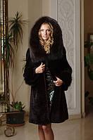 Шуба из мутона, отделка из фишера Mouton fur coat fur-coat trimmed / decorated with Fisher