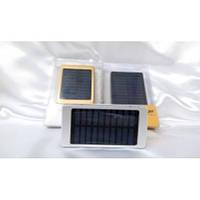 Внешний аккумулятор Power bank 25000mAh (СОЛНЕЧНАЯ БАТАРЕЯ) с фонариком (цвета в ассортименте)*