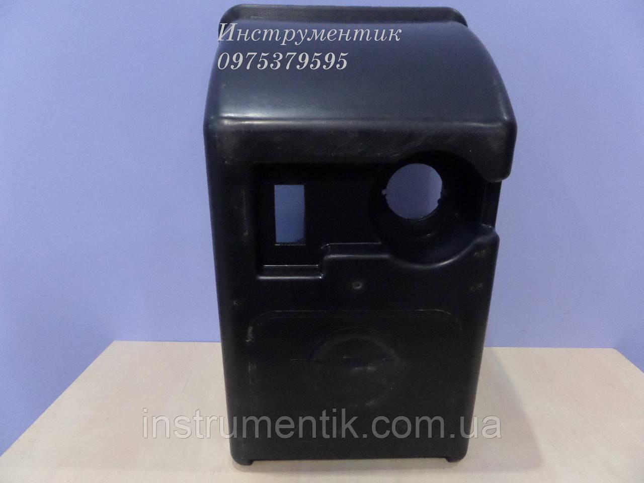 Пластиковый щиток ( коробка ) на двигатель Limex 125 ls