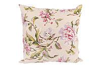 Подушка декоративная с принтом Цветы акварелью.