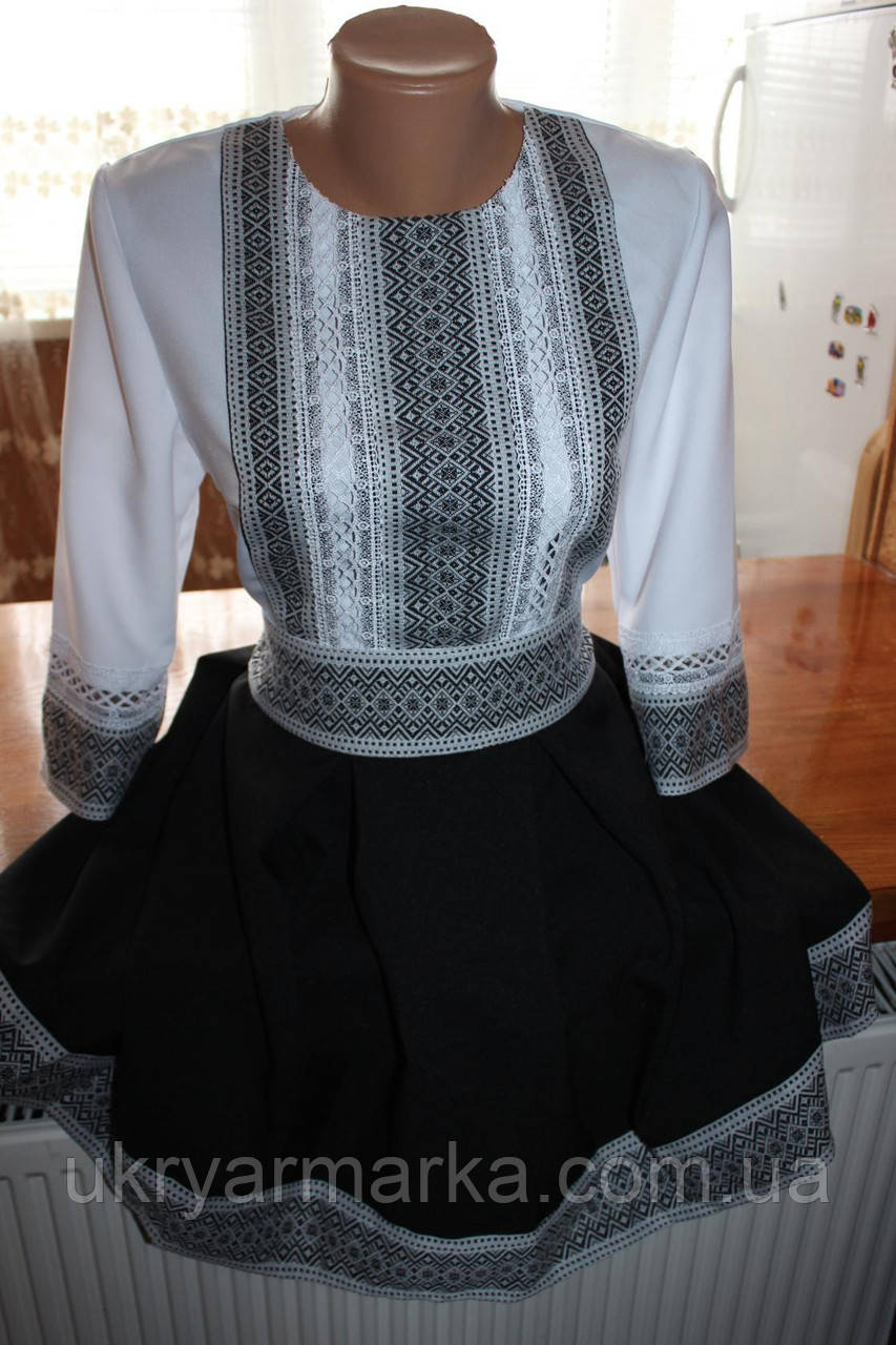 """Вишите жіноче плаття """"Олена"""" чорне"""