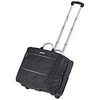 Большой и вместительный чемодан