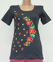 Женская футболка с вышивкой Красные маки