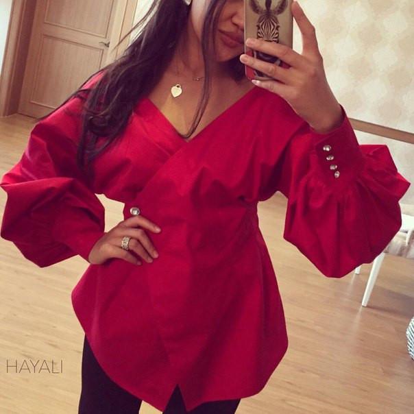 Шикарная блуза с декольте на запах и рукавом-фонариком