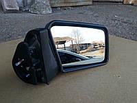 Зеркало боковое на ВАЗ 2109.