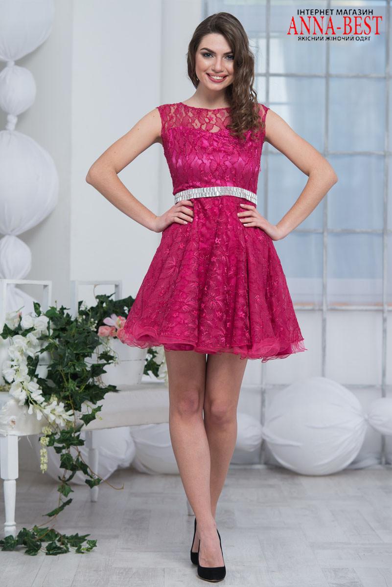 0aa57f0bab3 Короткое пышное вечернее платье из гипюра