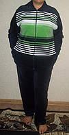 Велюровый костюм на молнии в полоску