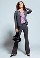 Різноманітність жіночих костюмів