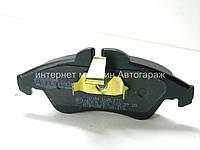 Тормозные колодки передние на Мерседес Спринтер 208-316 Autotechteile (Германия) A4239