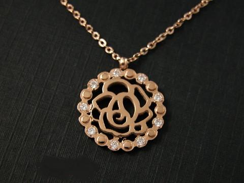 Кулон CHANEL ювелирная бижутерия золото 14К декор кристаллы Swarovski