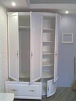 Шкаф деревянный 1500х600х2400 с радиусными фасадами  из массива ольхи