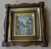 Миниатюрный фигурный киот с деревянной внутренней рамкой и золочёными штапиками для старинной иконы с окладом., фото 1