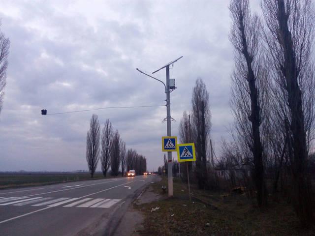 Пешеходный переход на солнечных батареях 3