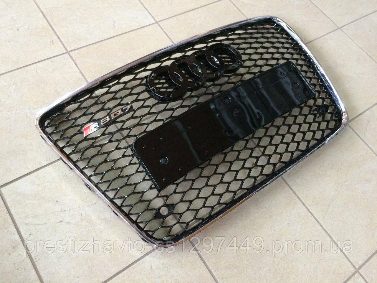 Решетка радиатора на Audi RSQ7 (2012г.)