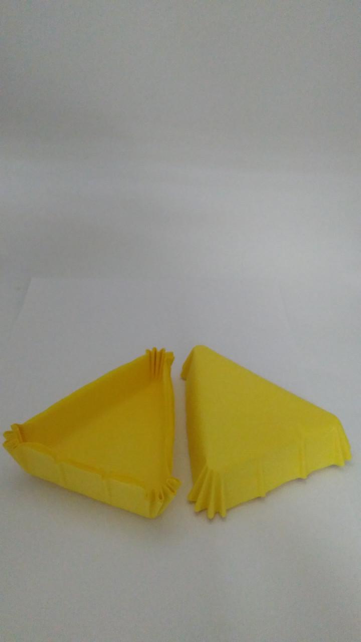 Форма треугольная жёлтые 102*78*25мм Украина - 04812