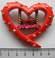 Магнит  керамика сердце высота 5,0 ширина 6,0 см.