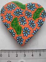 Магнит  керамика сердце высота 4,5 ширина 5,5 см. 1