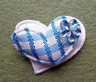 Аппликация пришивная. Голубое сердце в клеточку