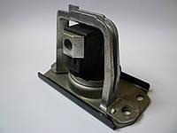 Подушка двигателя (правая, прямоугольная) на Renault Trafic 1.9 dCi с 2001... Renault (оригинал) 8200378211