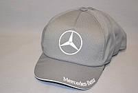 """Мужская бейсболка с автологотипом """"Mercedes-Benz"""" серого цвета (плащевка точка)."""