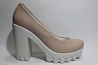 Кожаные нежно-розовые туфли ТМ Max Mayar
