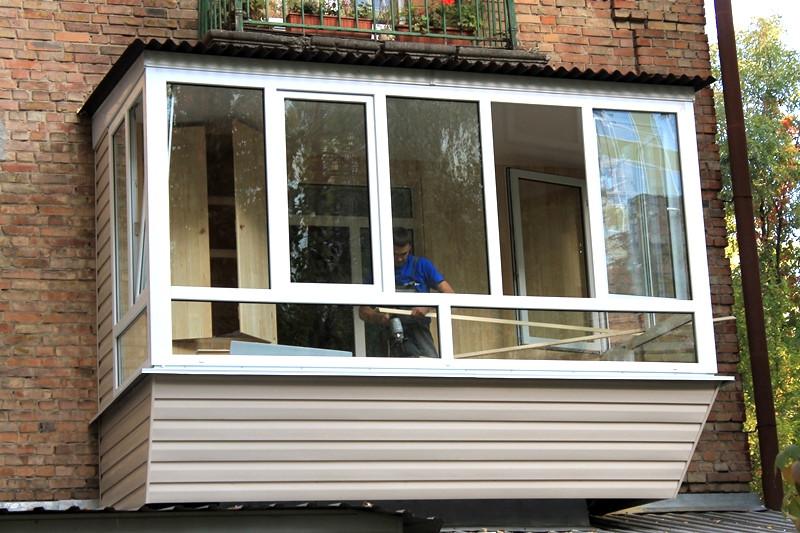 Все работы по ремонту балкона заняли у нас 7 дней.