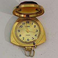 Позолоченные часы-кулон Заря