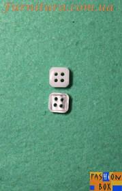 Пуговица рубашечная L18 4 удара