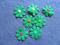 Аппликация пришивная. Зеленый цветок из фетра