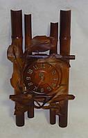 Часы настенные кожаные средние