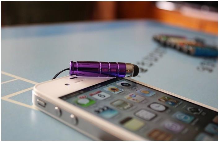 Стилус-заглушка для планшета и телефона