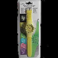 Женские часы на силиконовом ремешке с подсветкой