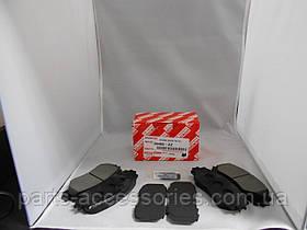 Передні гальмівні колодки Toyota RAV4 2006-12 нові оригінальні