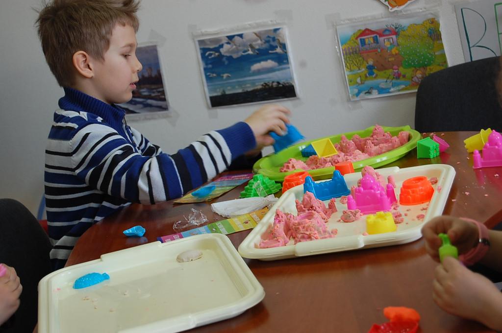 Мастер класс по работе с Кинетическим песком  и Моделином 19.03.2016г. 4