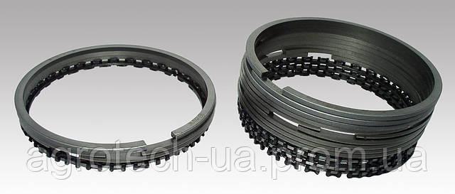 Поршневые кольца к двигателю Д-144 с дополнительным 3-х элементным стальным маслосъемным кольцом