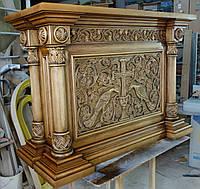 Деревянный резной престол для храма.