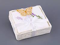 Набор салфеток махровых 30Х30 см белые 4 шт в коробке с декором 813-047