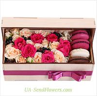 Цветы в коробке Подарок из Франции