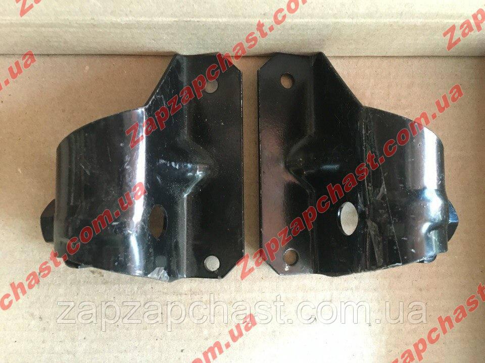 Кронштейны бампера Ваз 2104 2105 2107 задние внутренние (к-кт 2шт)