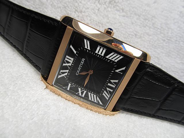 Часы наручные *CARTIER* механизм Япония