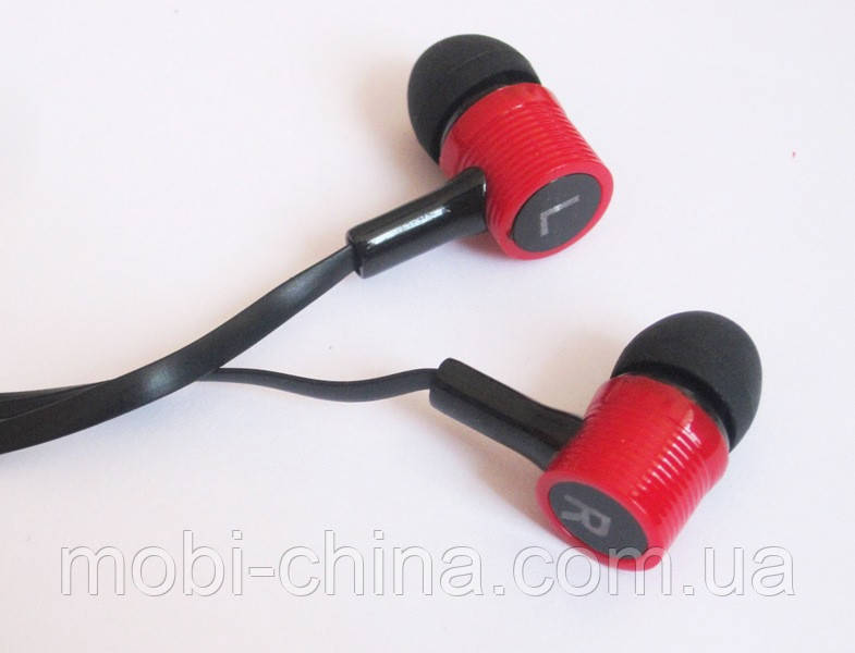 Вакуумные наушники Stereo  MD-A16 черные