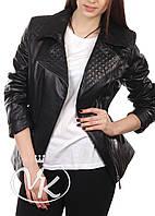 Черная кожаная куртка с косой молнией