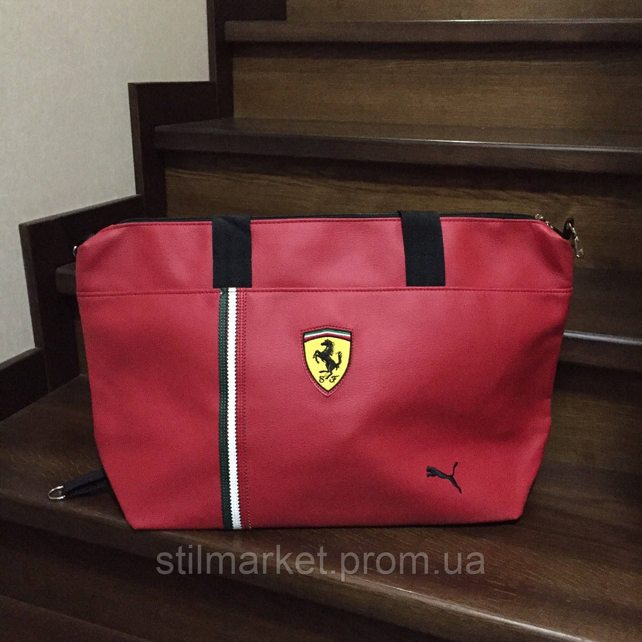 71ab6da2698c Сумка спортивная Puma Ferrari, цена 430 грн., купить в Киеве — Prom.ua  (ID#267447384)