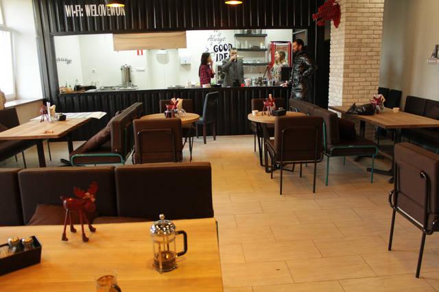 Urban Wok Cafe. В новый год с новой мебелью. 10