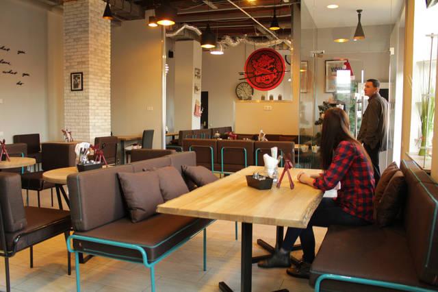 Urban Wok Cafe. В новый год с новой мебелью. 13