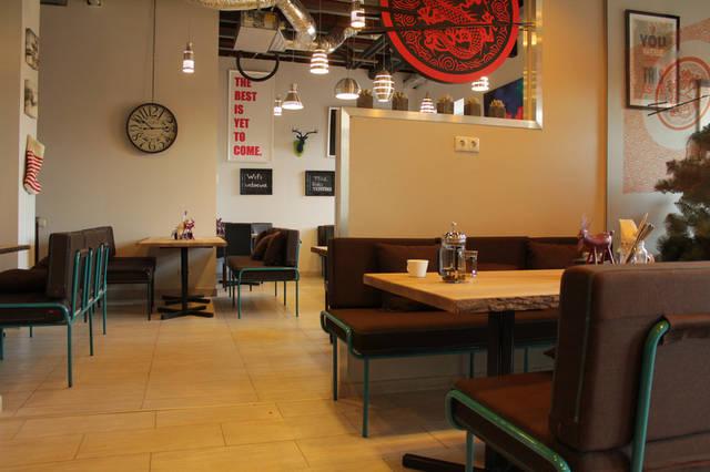 Urban Wok Cafe. В новый год с новой мебелью. 17