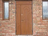 Двустворчатая металлическая дверь с наружными МДФ (16мм) накладками + фрамуга